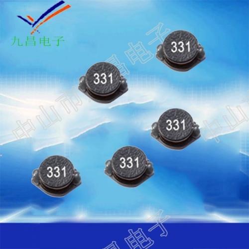 贴片式电阻器重要是由四大局部组成的